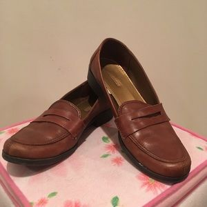 Brown Merona Loafers with Gold Interior Size 7.5